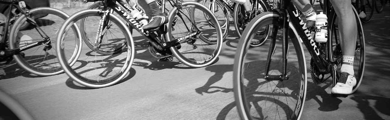Les pneus de vélo : caractéristiques et compatibilités !