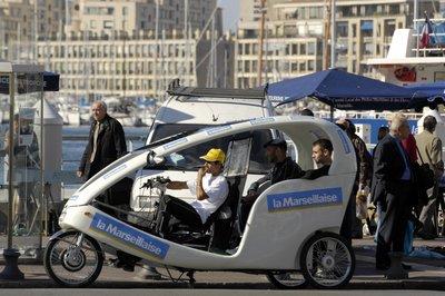 La fin des vélo-taxis marseillais, Vélocab se recycle !