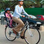 Siège vélo enfant arrière pour une balade à vélo