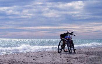 vacance à la plage en vélo