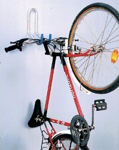Comment ranger son v lo dans un appartement ou une maison citycle - Accrocher velo au mur ...