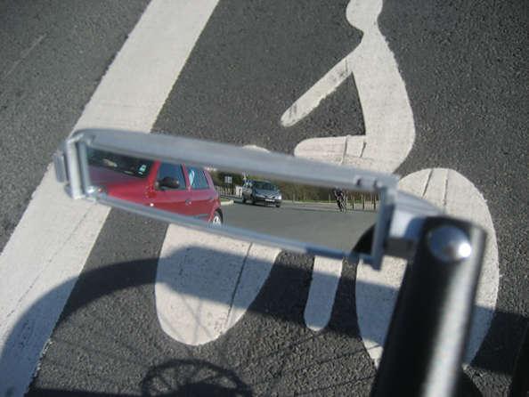 Roulez sûr : la route avec le rétroviseur vélo !