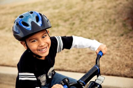 Canada, apprendre aux enfants à faire du vélo en toute sécurité