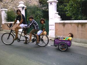 Le vélo pour famille nombreuse de Gregory…