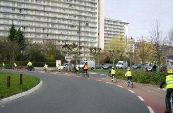 Bientôt la rentrée: vélobus et autres solutions pour emmener ses enfants à vélo