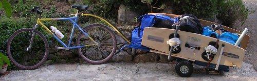 carriole pour transporter kitesurf à vélo