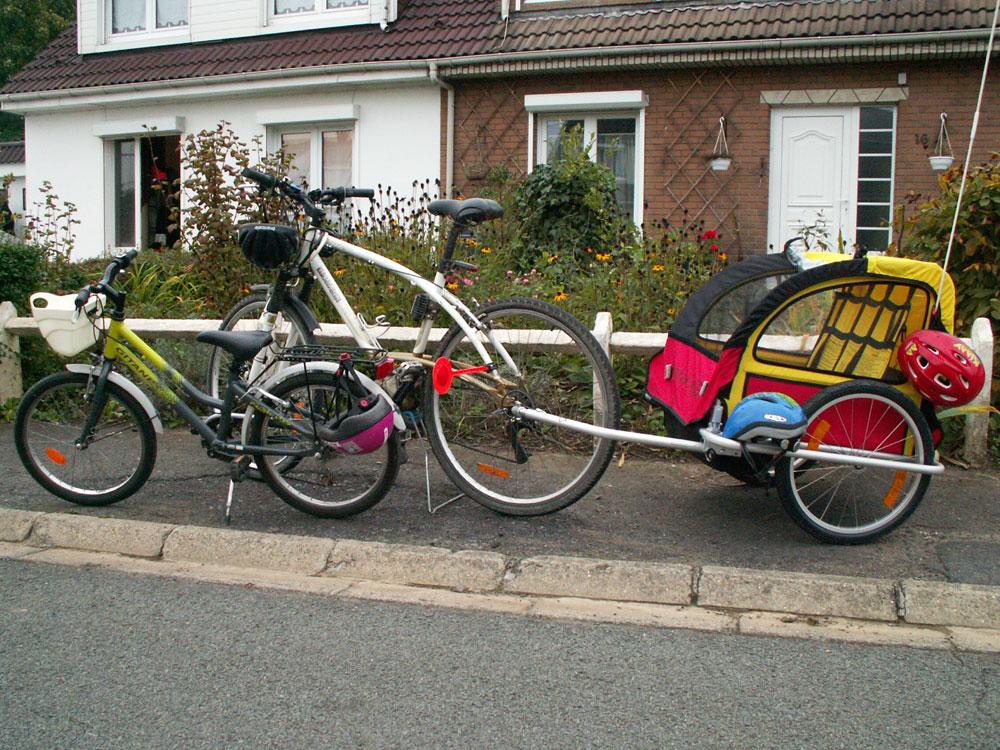 Aller à l'école en famille grâce à un vélo