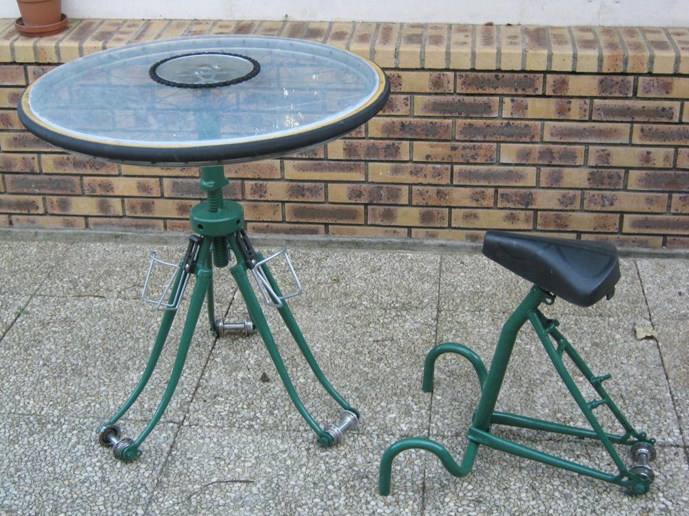 Un mobilier de jardin au design vélo