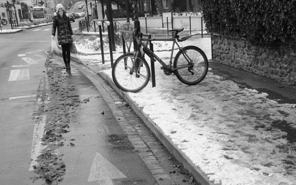 Concours photo «L'insolite dans le vélo»: Quand la bande cyclable est plus sûre que le trottoir