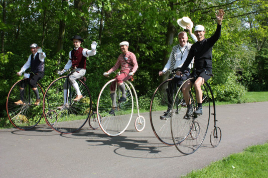 Vélocipédia, manifestation pour les amateurs de vélos anciens
