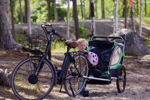 Faire du vélo avec son enfant en ville