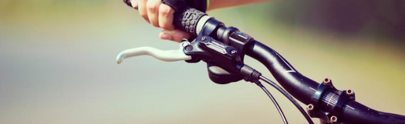 Remplacez vos poignées de vélo sans avoir à les couper