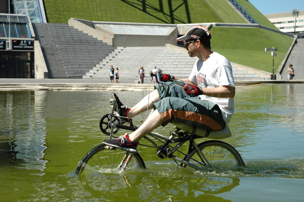 Concours photo « L'insolite dans le vélo » : Le vélo spécial inondation