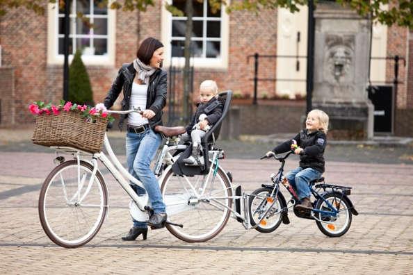 Le Follow Me : véritable tandem entre vélos adulte et enfant