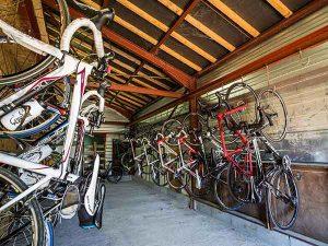 Les 4 Vents proposent de garder vos vélos et de la location