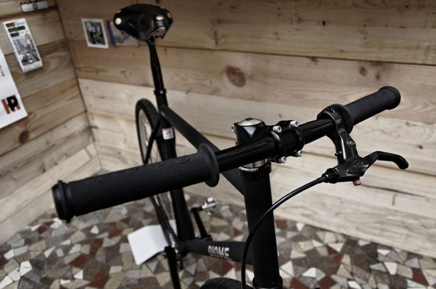 bike_polo_poignee_de_frein