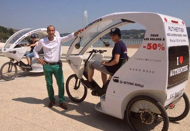 A Istres les messages de pub passent à vélo