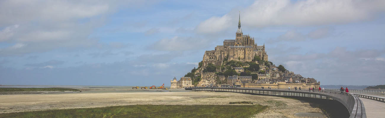 Entre histoire et cyclotourisme, des plages du débarquement au Mont St-Michel à vélo
