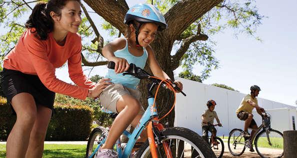 Quelques conseils pour apprendre à votre enfant à faire du vélo