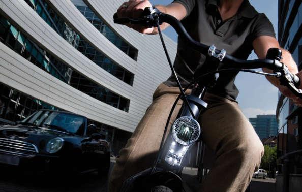 L'éclairage à vélo : la technologie Licht24 de chez Busch & Müller