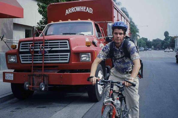 Daniel Kish, non-voyant, se déplace à vélo grâce à l'écholocation