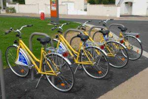 Les fameux vélos jaunes de La Rochelle