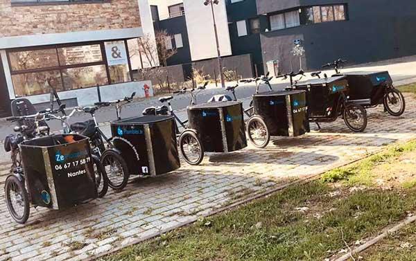Triporteurs et biporteurs, la flotte de vélos de l'entreprise
