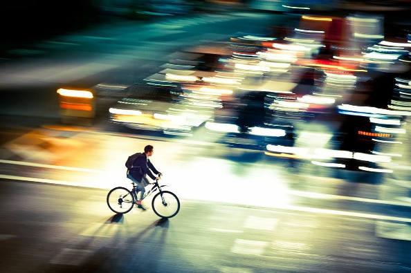 Vélo, Métro, Auto : Qu'est ce qui va le plus vite ?