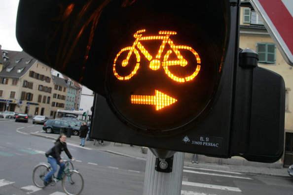 tourne à droite vélo