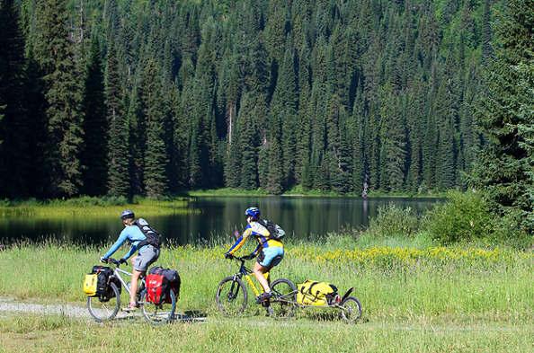Le cyclotourisme, une activité qui roule