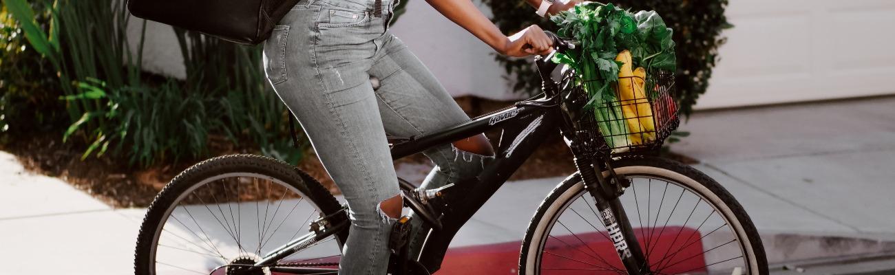 Faire ses courses à vélo : comment organiser son chargement ?