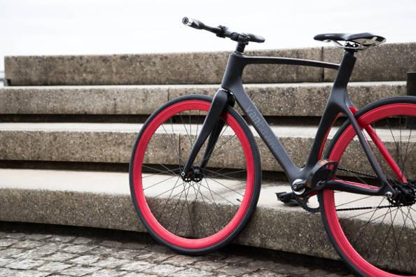 Vanhawks Valour : quand le vélo devient intelligent
