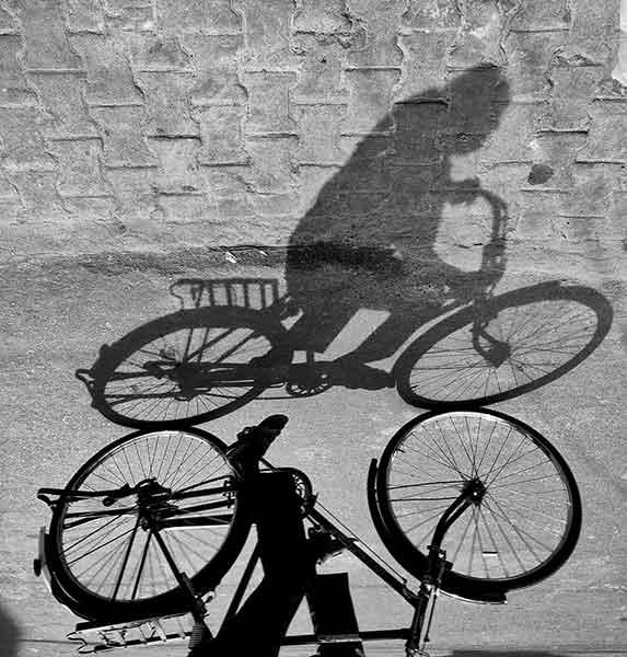 Ombre de cycliste