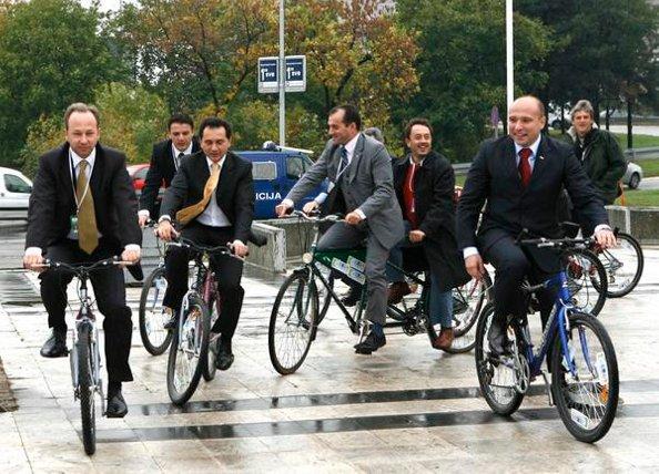 Remplacer la voiture par le vélo de fonction c'est tendance !