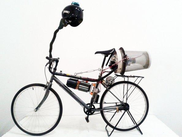 Le « breathing bike » :  un vélo pour lutter contre la pollution à Pékin