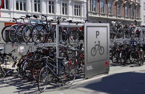 Droit et vélo : la création d'espaces de stationnement pour vélo en dehors des bâtiments