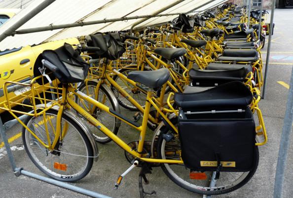 Le vélo séduit les facteurs et La Poste se met au vert