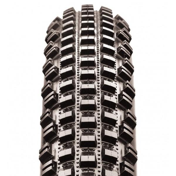 pneu-vtt-chemins-rocailleux