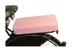 Coussin sur porte bagage du vélo
