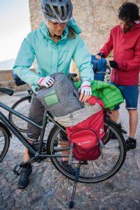 sacoches pour voyage à vélo vaude