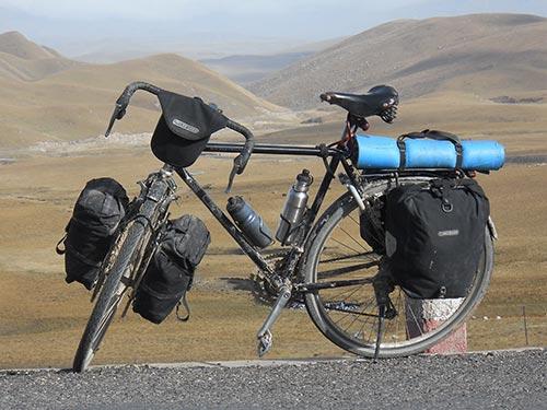 Conseils pour débuter dans le cyclotourisme, bien choisir sa monture