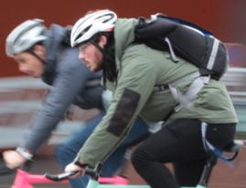casque coursier à vélo