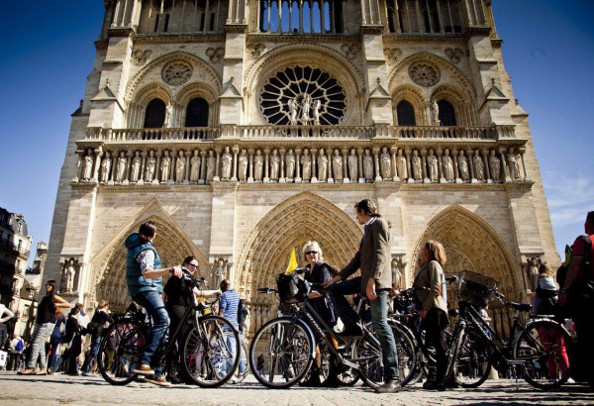 Des groupes pour mieux découvrir Paris à vélo