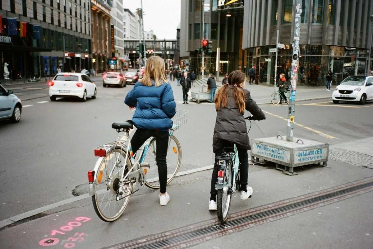 loi rouler en vélo sur le trottoir