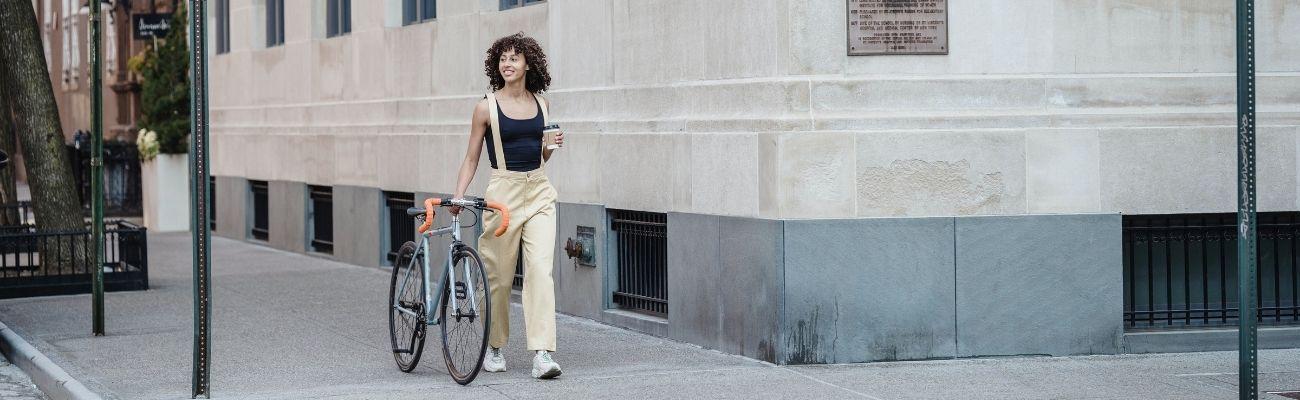 Peut-on rouler à vélo sur un trottoir ?