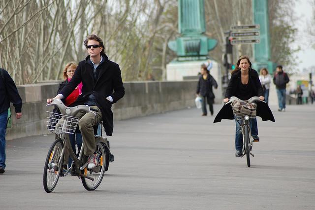 Le vélo à assistance électrique pour tous avec JC Decaux