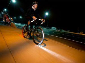 Visibilité cycliste de nuit