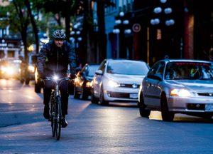 Cyclistes brillez, vélo de nuit