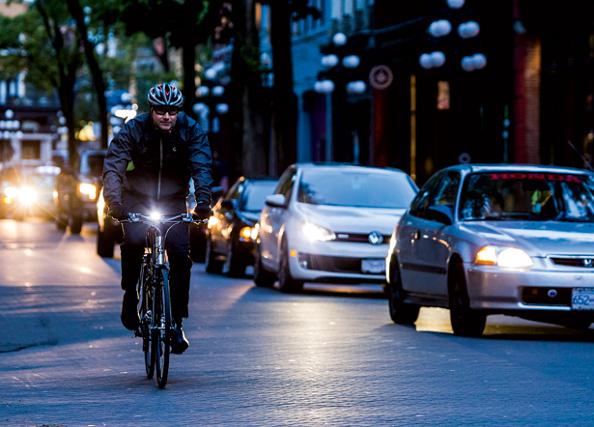 L'opération Cyclistes : Brillez !