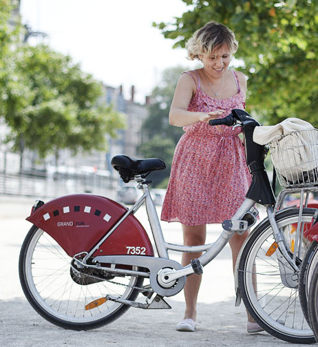 Cycliste avec un Velo'V